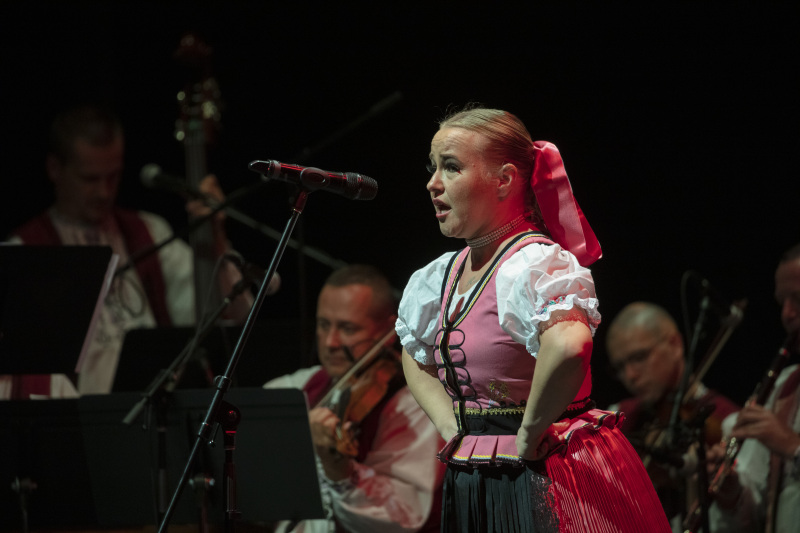 Toronto-20191007-Vychodna-Slovak-Dancers-35th-Gala-IOM_5072
