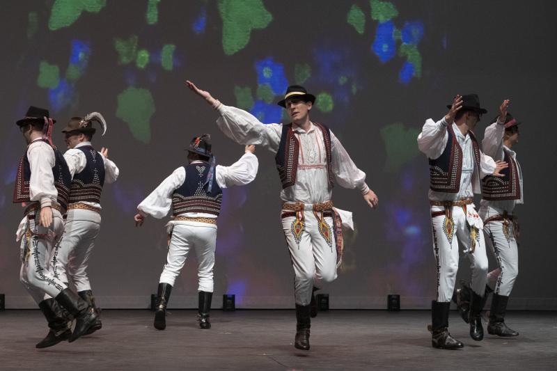 Toronto-20191007-Vychodna-Slovak-Dancers-35th-Gala-_DSF4849