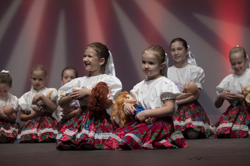 Toronto-20191007-Vychodna-Slovak-Dancers-35th-Gala-_DSF5251